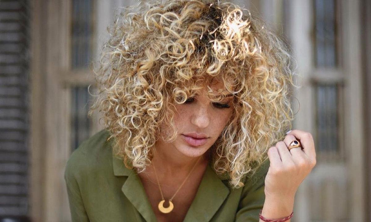 Estos productos para pelo rizado nos encantan porque le dan más volumen, brillo y definición