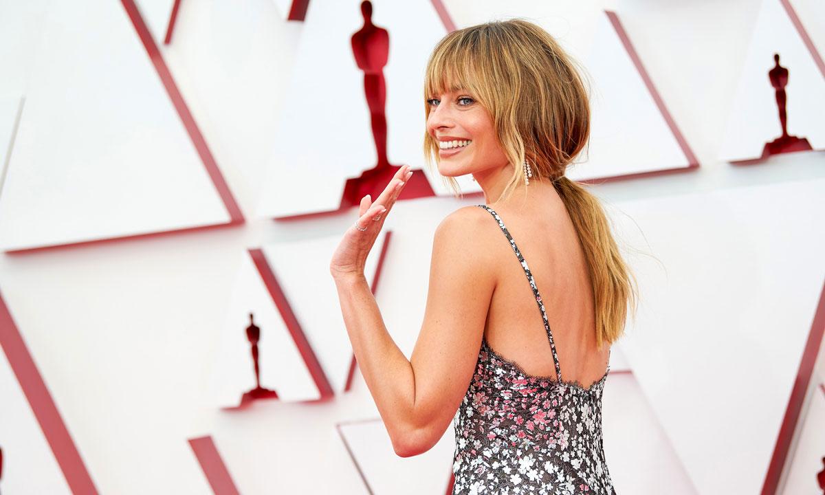 La mascarilla de Margot, el champú de Jennifer Aniston y otros productos capilares que adoran las 'celebs'