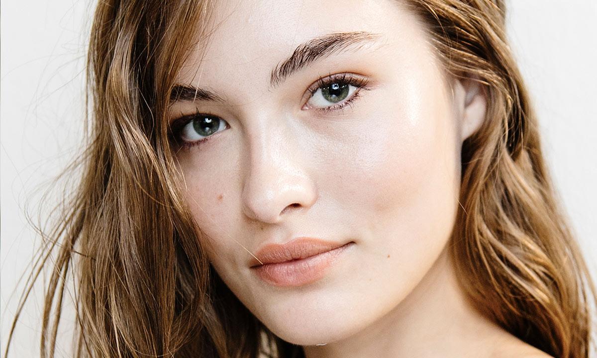 Aceites esenciales para una piel lisa y suave y cómo usarlos según los expertos