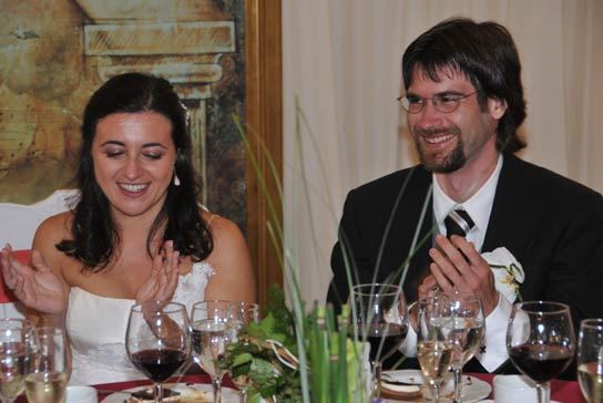 Daniel Clemente y Leticia León se dan el 'sí, quiero' en plena campiña alcarreña