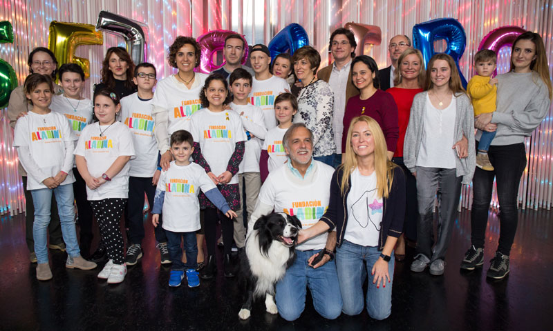 La Fundación Aladina celebra el Día Mundial contra el Cáncer Infantil con la ministra de Sanidad, Dolors Monserrat