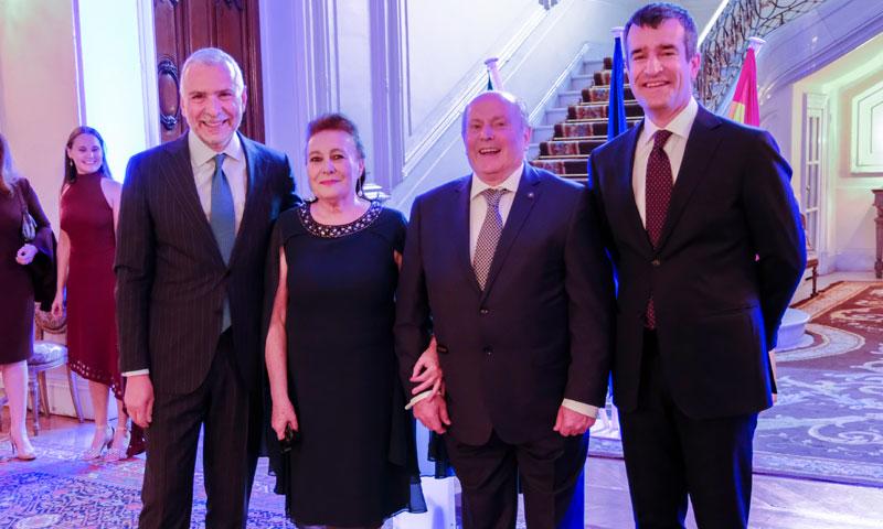 El embajador de Italia en España entrega la 'Orden de la Estrella de Italia' a Nora Ghidini Putin