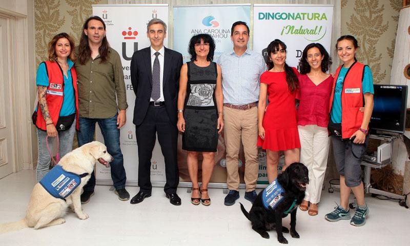 El proyecto 'Un perro, un niño feliz' mejora la calidad de vida de niños con enfermedades complejas
