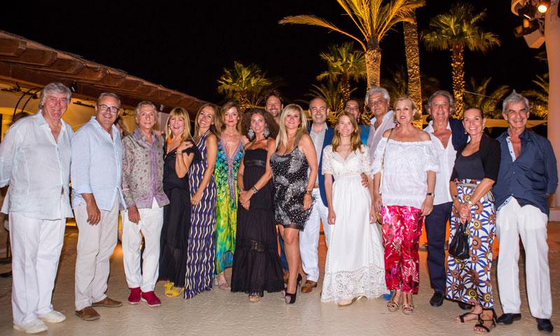 Ibiza rinde un sentido homenaje al piloto Ángel Nieto
