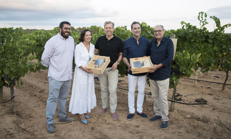 James Costos y Michael S. Smith, dos 'vendimiadores de honor' en Mallorca