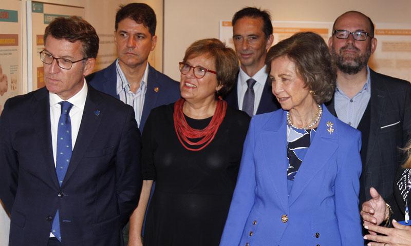 La reina Sofía preside la inauguración de la muestra 'Alzhéimer. Camino de la memoria'