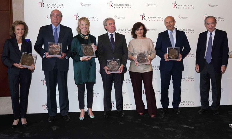 El Teatro Real hace entrega de sus medallas conmemorativas