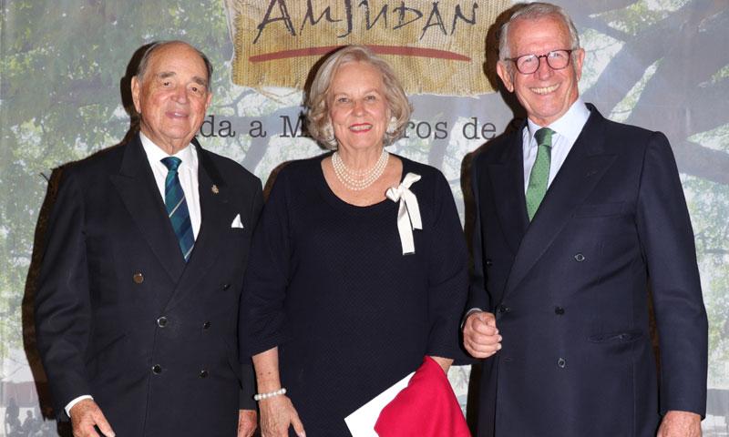 La sociedad marbellí se da cita en una cena benéfica para ayudar a los más desfavorecidos