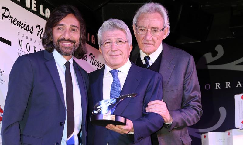 Antonio Carmona, Carme Chaparro, Iñaki Gabilondo... entre los ganadores de los premios 'Pata Negra'