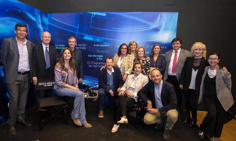 Mariló Montero y Nieves Herrero asisten a la apertura del 'Centro de la Comunicación Jesús Hermida'