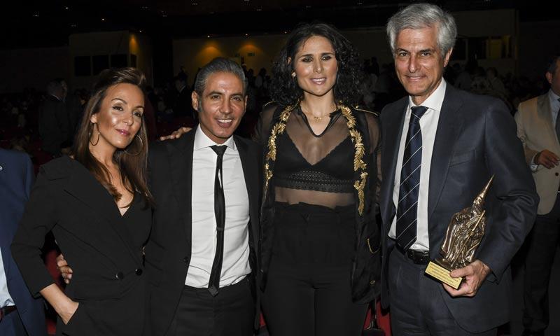 Rosa López, Pitingo y Adolfo Suárez se dan cita en la gala de los 'Premios Cofrades'