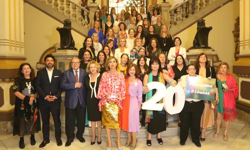 Ágatha Ruiz de la Prada celebra con la Asociación de Mujeres Empresarias de Málaga su 20º aniversario