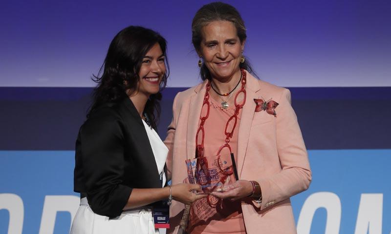La infanta Elena preside la entrega de los premios 'Todos somos estudiantes'