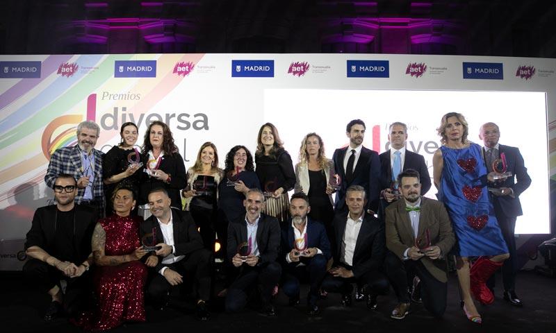 Ágatha Ruiz de la Prada, Fernando Tejero y 'Maestros de la costura', ganadores de los Premios Diversa