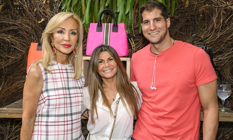 Eva Isanta, Carmen Lomana y Julián Contreras disfrutan de una 'fashion party' en Madrid