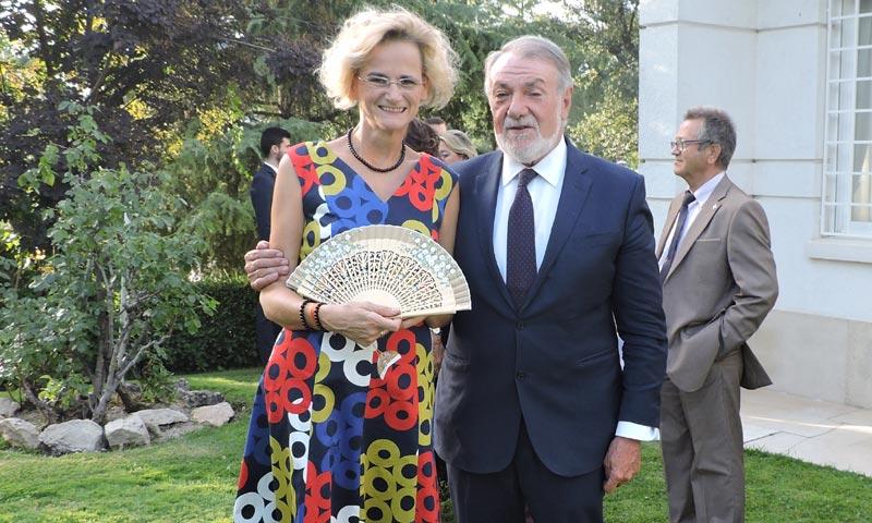 La embajadora de Hungría, Enikő Győri, dice adiós a nuestro país en una emotiva fiesta
