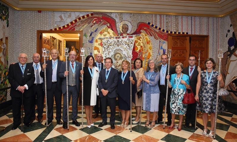 José Luis Martínez-Almeida recibe la medalla de 'Esclavo de Honor' de la Almudena