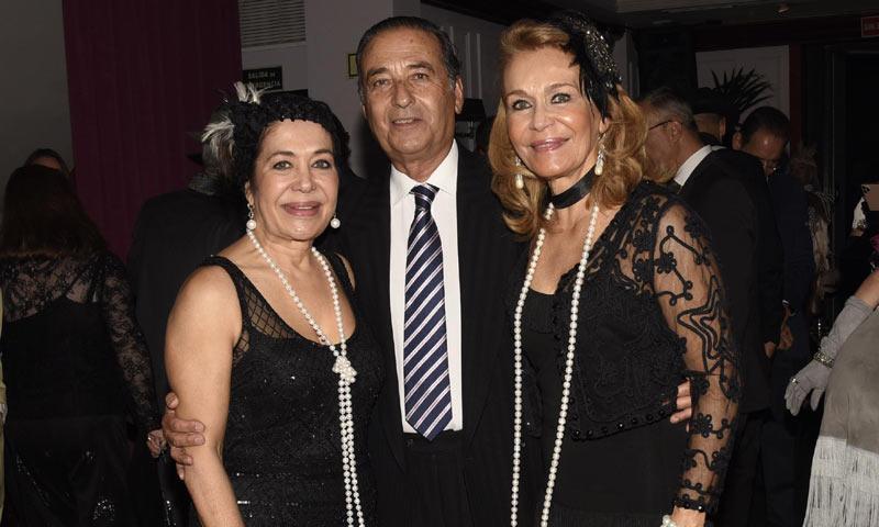 Carmen Lomana y Elena Tablada asisten a la fiesta de cumpleaños de la doctora Ana Vila Joya