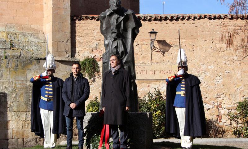 Alejandro Amenábar rinde homenaje a Miguel de Unamuno