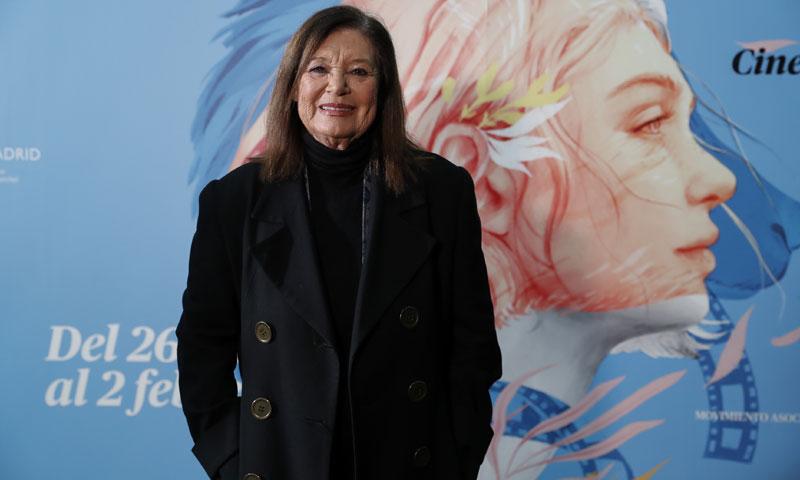 Teresa Rabal asiste a un sentido homenaje en recuerdo de su madre, Asunción Balaguer