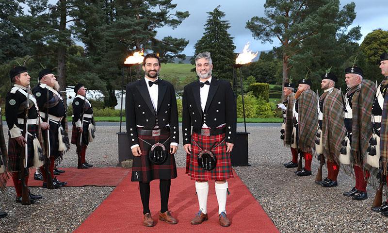 Diego Cabrera entra a una exclusiva sociedad escocesa conectada con la realeza británica