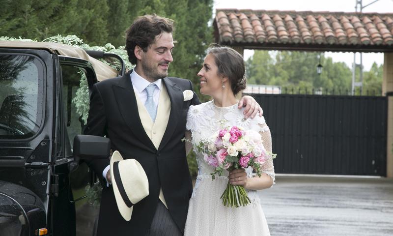 Inés y Joaquín, una boda convertida en una verbena popular