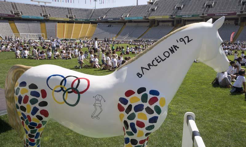 Un caballo de vidrio recorrerá Barcelona en homenaje a los Juegos Olímpicos de 1992