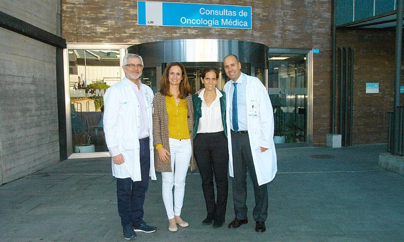 Fuerte apoyo de la Fundación Intheos a la investigación dedicada a curar el cáncer de mama