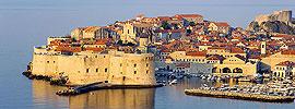 Bucea en la costa virgen de Croacia