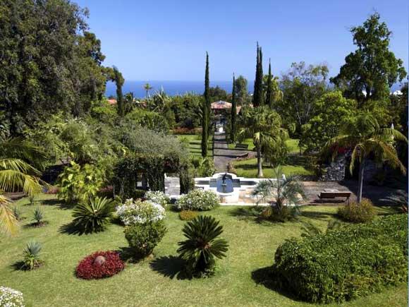 Los jardines de hotel m s espectaculares del mundo foto for Hotel jardines de uleta vitoria