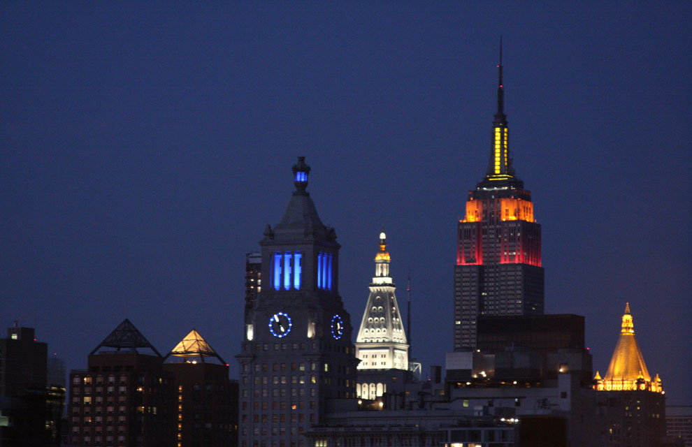 a_empire_state_building