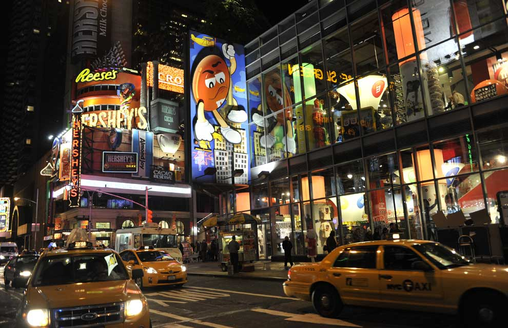 a_times_square-at-night