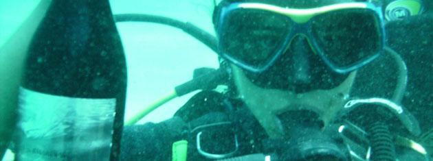 Una bodega bajo el mar