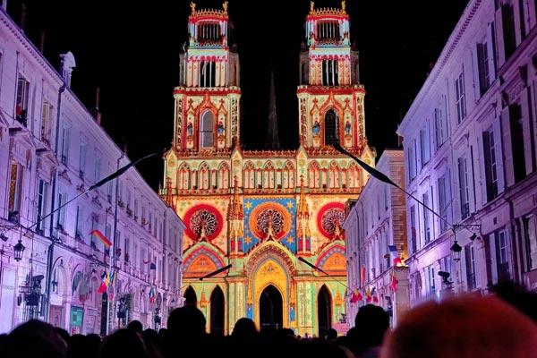 Fiesta en el Loira con Juana de Arco