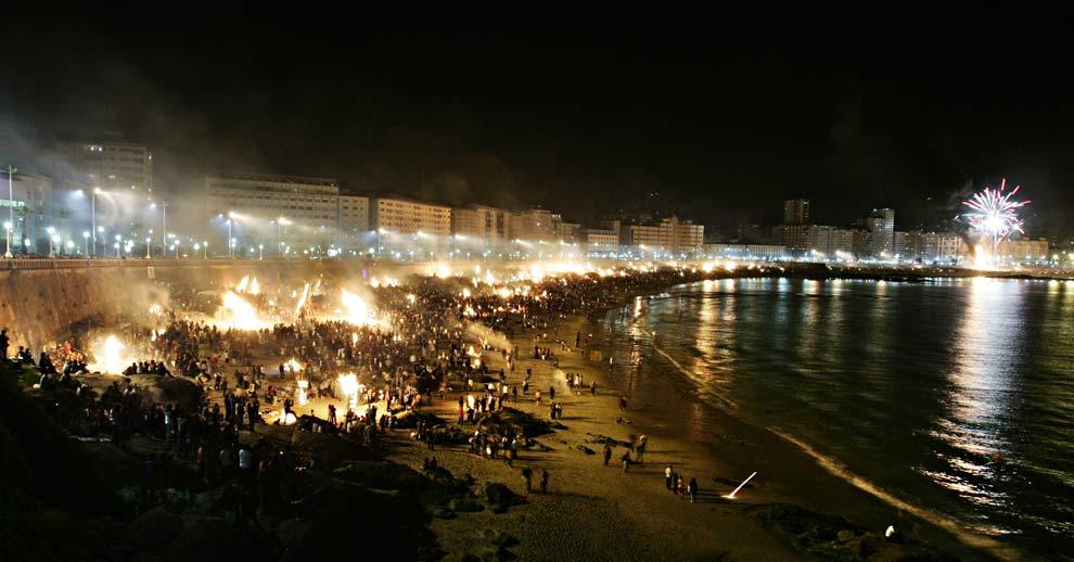 Noche de fallas en A Coruña