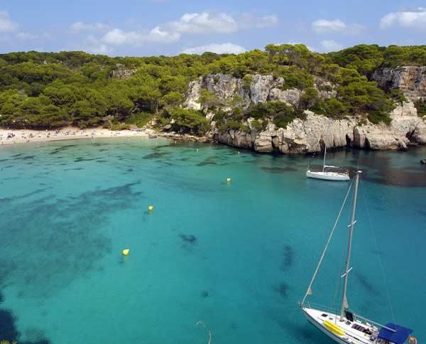 Menorca, los 7 tesoros de un paraíso cercano