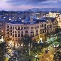 Explosión de colores en el Gótico de Barcelona