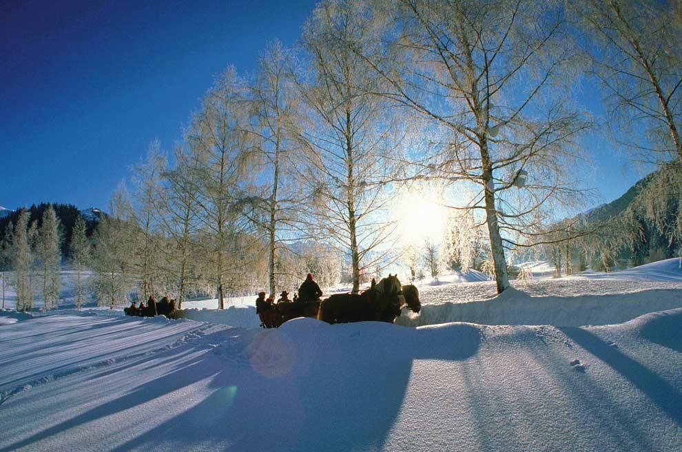 Austria prepara con sus mejores galas la llegada de la navidad - Paisaje nevado navidad ...