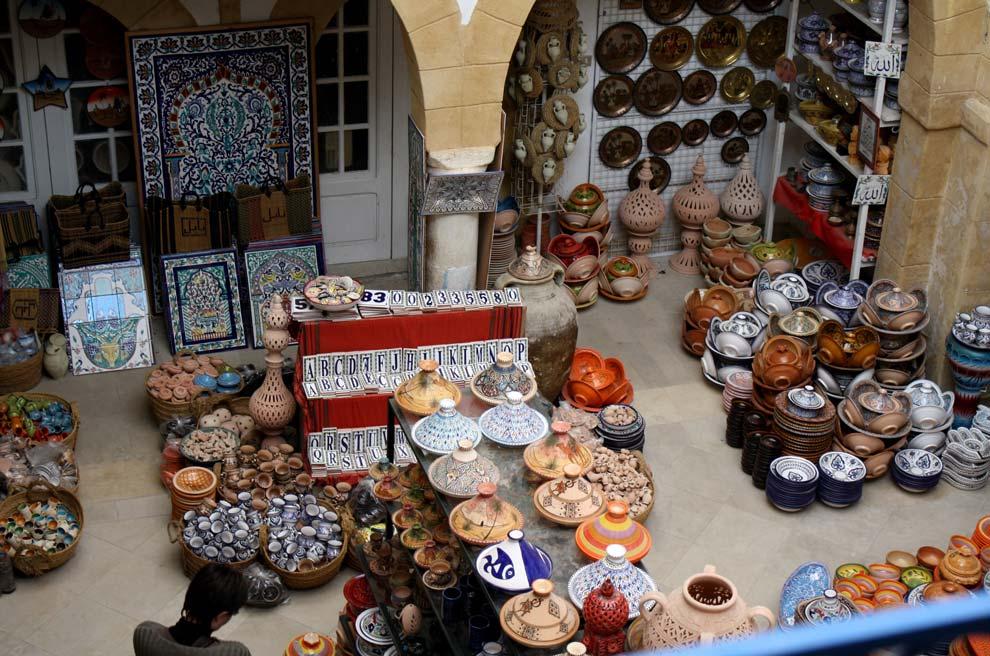 El laberinto de los zocos los mercados con m s color - Comprar ropa en portugal ...