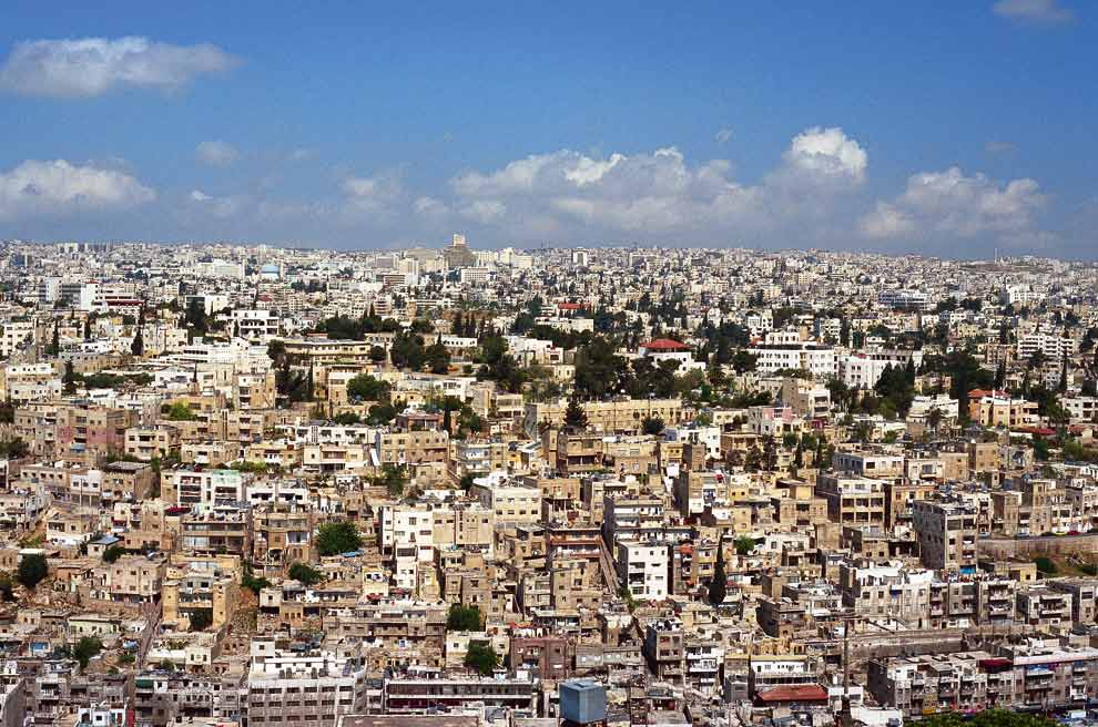 LA ULTIMA PARADA DE LOS  REYES MAGOS A_Amman-by-day-a
