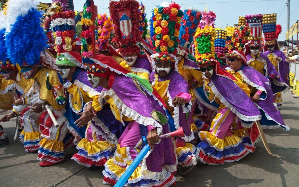 Shakira tambi n se ha vestido de marimonda - Los mejores carnavales del mundo ...