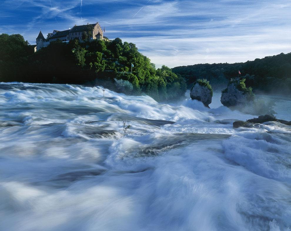 http://www.hola.com/imagenes/viajes/2013032263949/paisajes-agua-dia-mundial-onu/0-231-372/a_stc2720-a.jpg