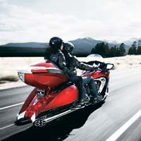 Turismo sobre dos ruedas, rutas de ensueño en motos de leyenda