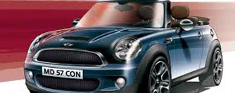 Al volante de un Mini Cooper por Andorra
