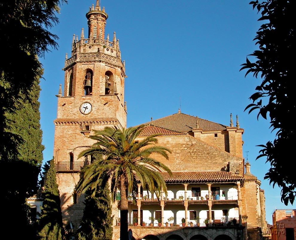 Baños Arabes De Ronda: edificación religiosa de la ciudad se alza en la plaza de la duquesa