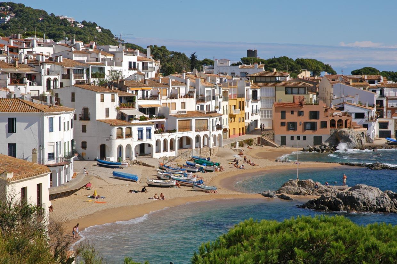 Diez pueblos deliciosos de la costa espa ola for Hoteles bonitos madrid