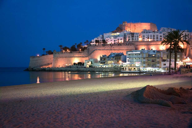 Diez pueblos deliciosos de la costa espa ola - Casas espectaculares en espana ...