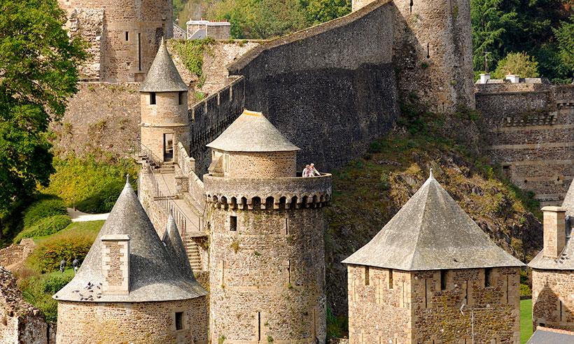 Una ruta por castillos de Bretaña 'congelados' en otra época