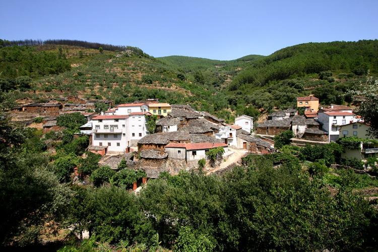 Baños Romanos Badajoz:Navidades de todos los colores en Extremadura – Foto 1