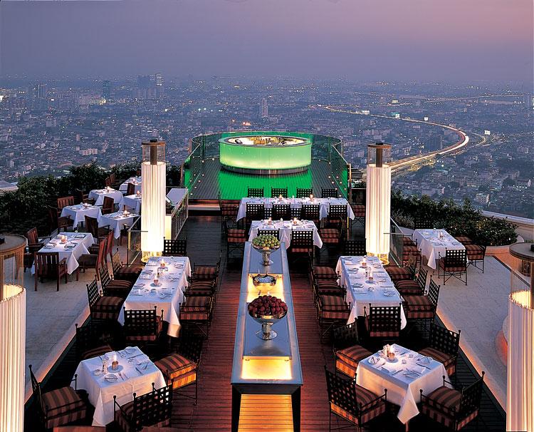 Seis terrazas de Bangkok donde cenar o tomar una copa junto a las estrellas